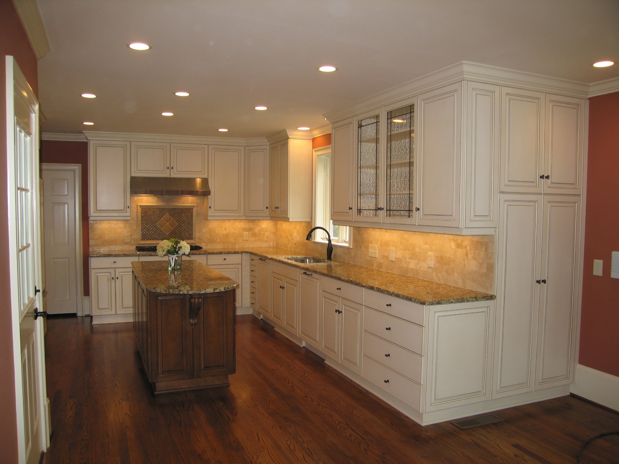 We can create custom cabinets in Norcross, GA, that are perfect for your kitchen